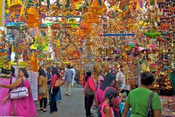 Colorful street market at Singapore's Little India