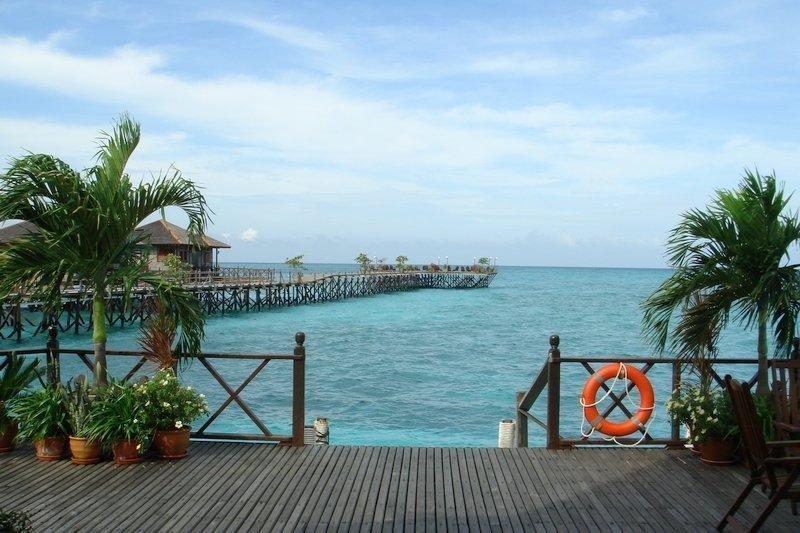 Sundeck Platform over the water at Kapalai Island
