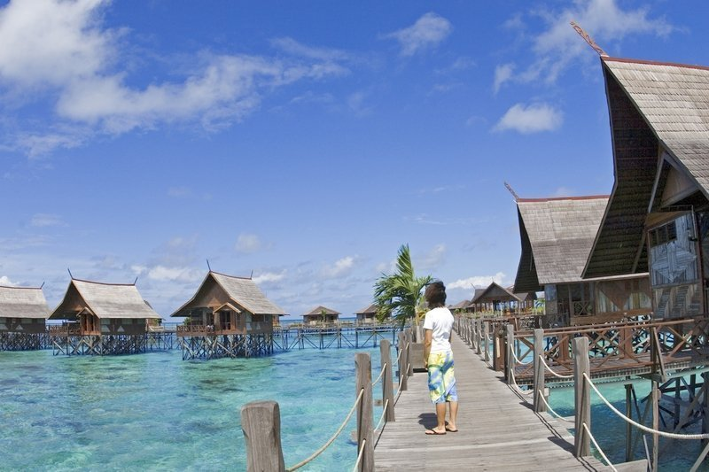 Bungalow over-the-water overlooking the Celebes Sea at Kapalai Island Resort