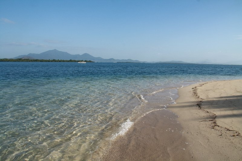 Crystal clear waters in Cowrie Island