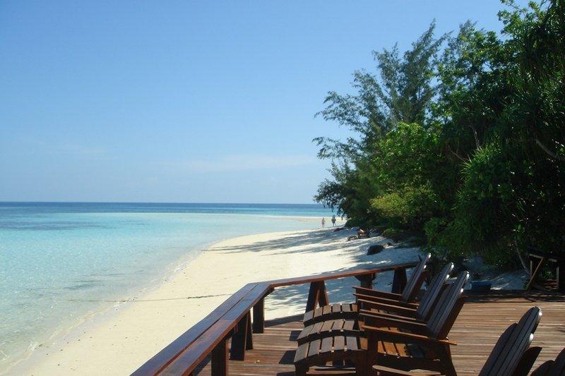 Sundeck facing the beach at Lankayan Island Resort