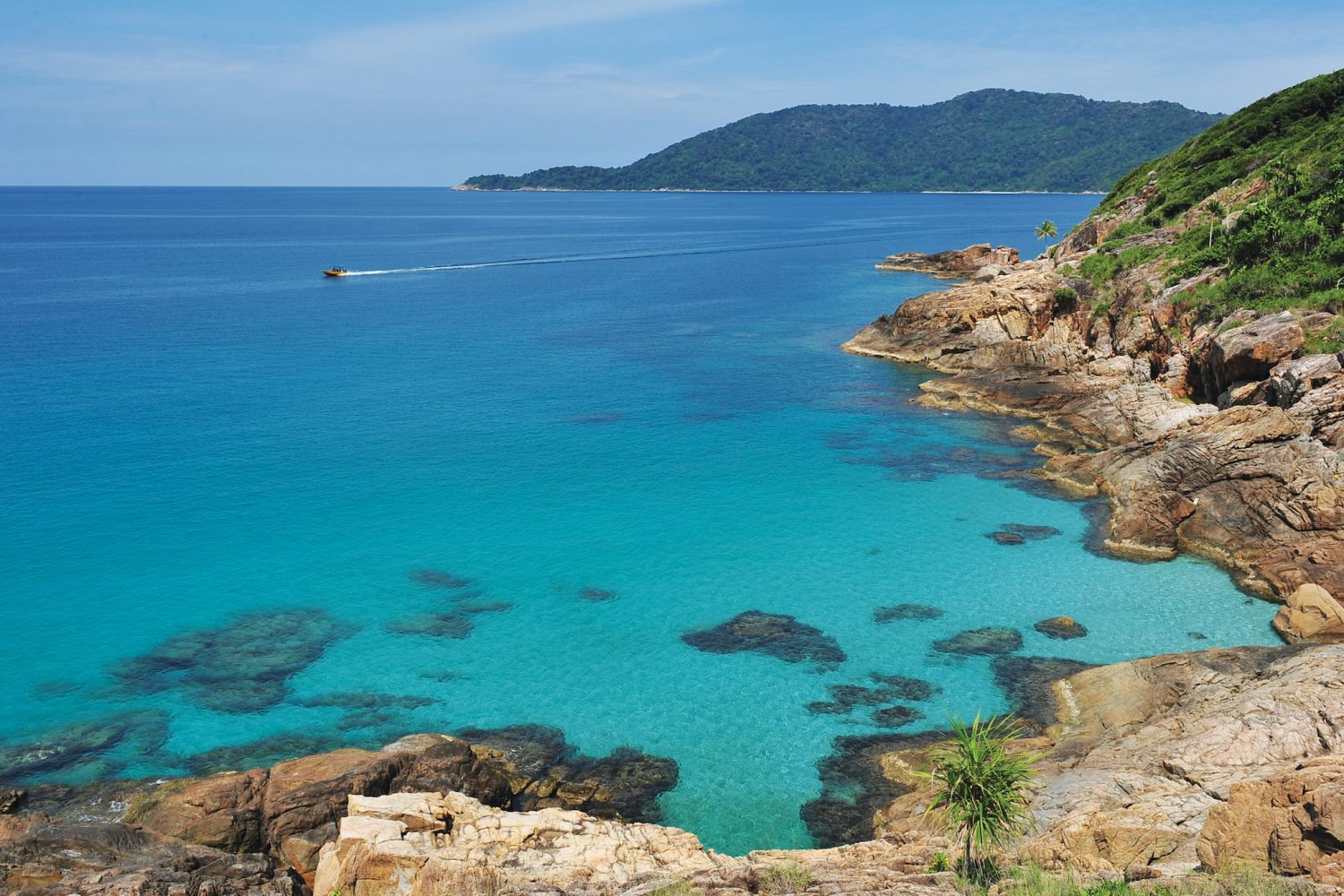Panoramic view of the turquoise sea surround Perhentian Kecil Island
