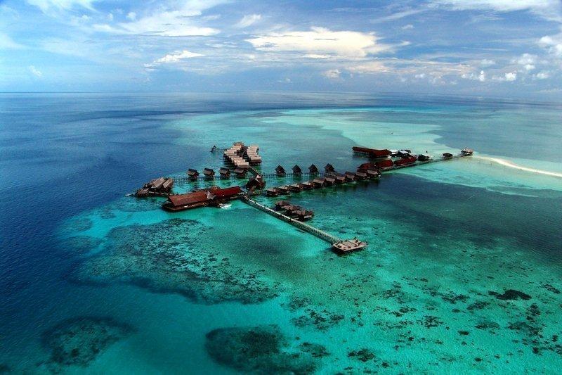 Aerial view of Kapalai Island Resort