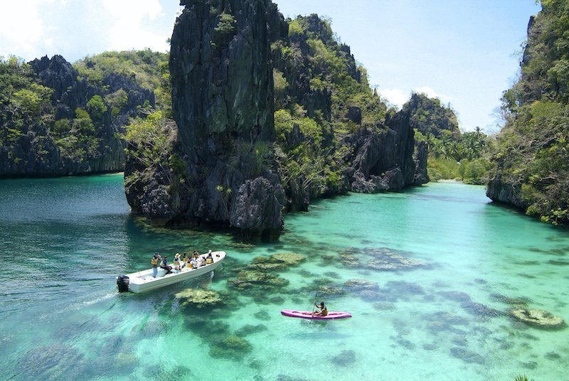 Tourists exploring El Nido's Big Lagoon