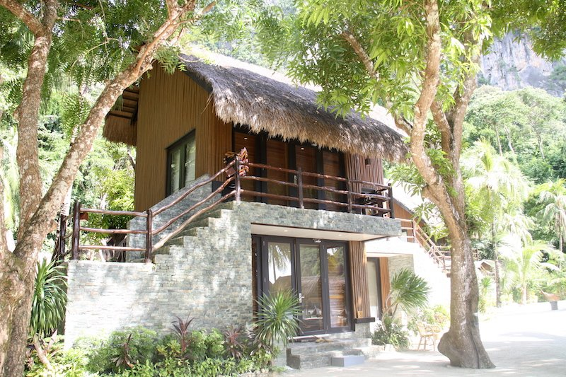 Forest Bungalow in the garden of Miniloc Island' s El Nido Resorts