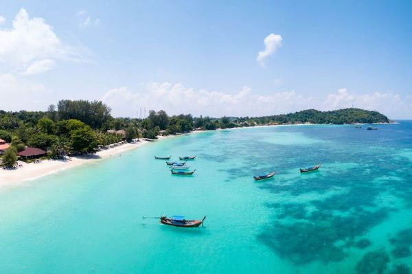 Pristine turquoise water and white sand beach in Koh Lipe